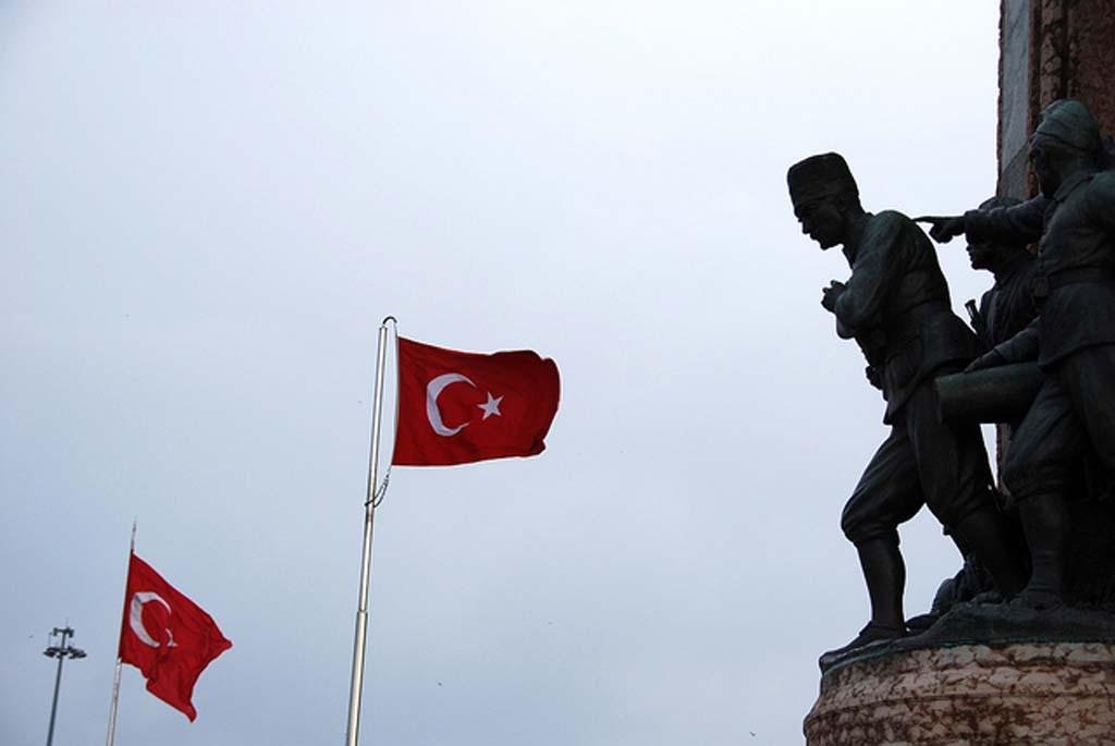 turkiye-cumhuriyeti-acisindan-ileri-demokrasinin-gerekceleri